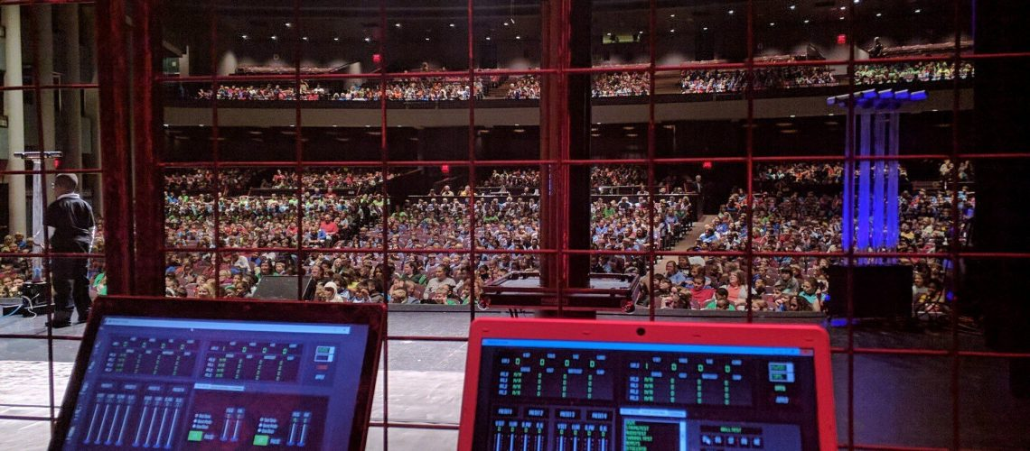 ArcAttack entertains thousands of kids in a theatre.